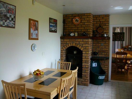 Clonmacnoise B&B : Kitchen