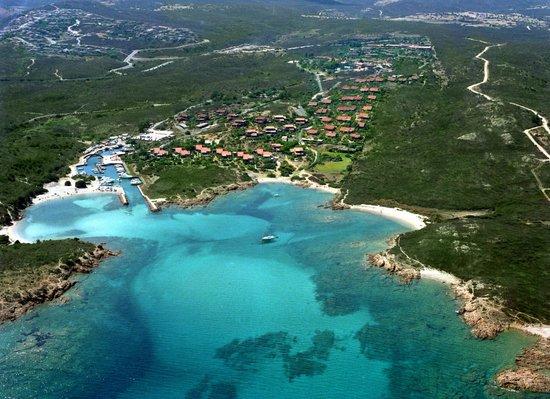 Hotel Ollastu Residence: Aerial view of Costa Corallina village - Veduta aerea del villaggio di Costa Corallina