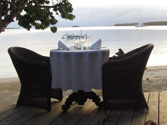 Ratua Island Resort & Spa : a pretty magic dining room