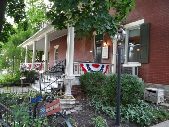 Lititz House Bed and Breakfast: Lititz House