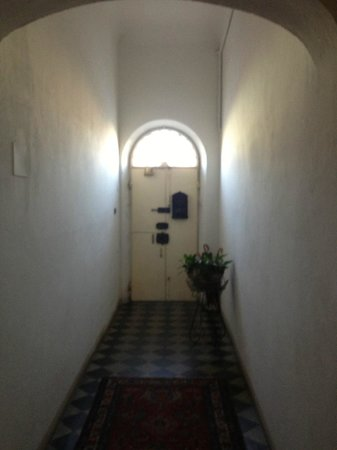 Rifredi B&B: entrance hall