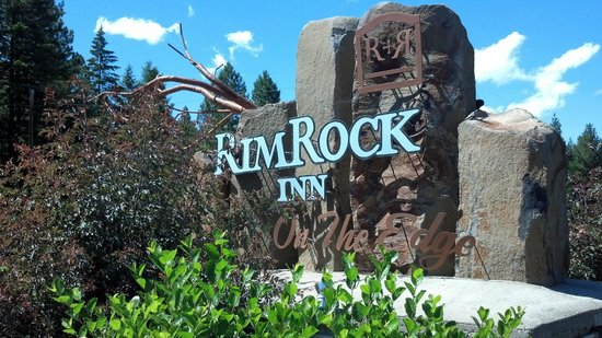 RimRock Inn: Off route 3.