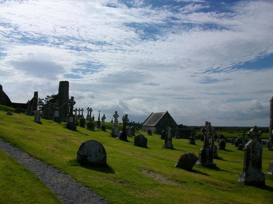 Clonmacnoise B&B : Clonmacnoise Monastic Site