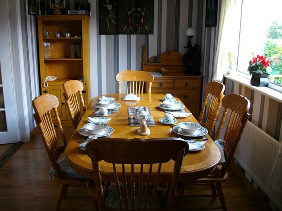 Clonmacnoise B&B : Dining Room
