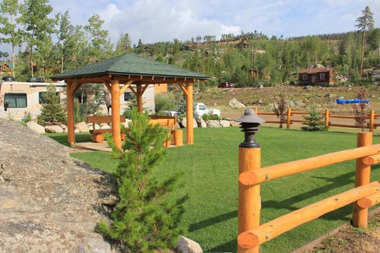 Spirit Lake Lodge : Play area for family and children