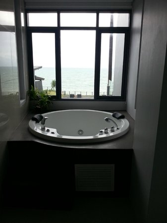 The Houben Hotel ( Adult Only ): jacuzzi