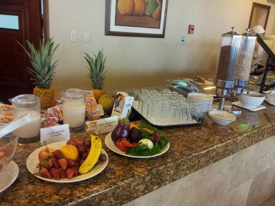 Holiday Inn Guatemala : Nice breakfast buffet