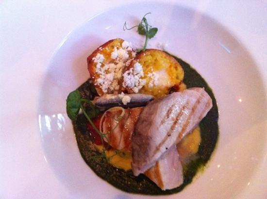 Oysters Restaurant: swordfish