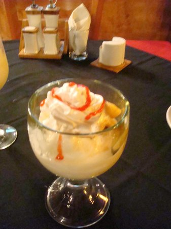 Mayan Bistro: yummy banana dessert