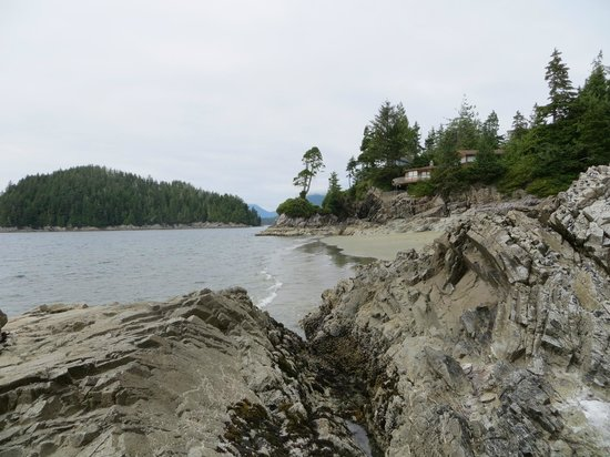 Tonquin Park: Great rocks to explore and sit upon