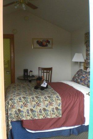 Buffalo Bill Cabin Village: Bed
