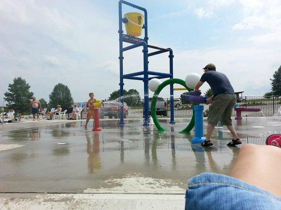 Pine Cradle Lake Family Campground: Splash pad