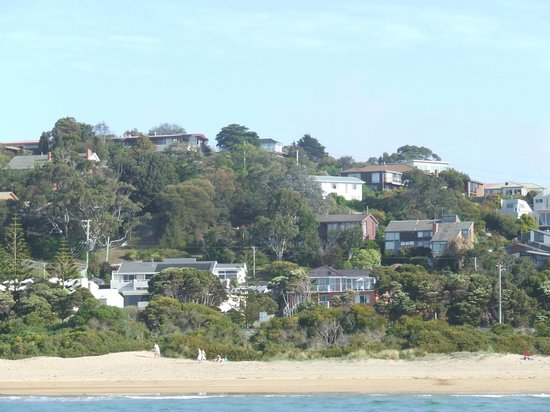 Coles Beach: From Bass Straight