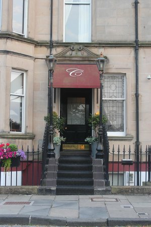 Channings Hotel: Entrance