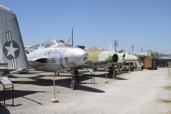 Planes of Fame Air Museum: Lineup of jet fighters