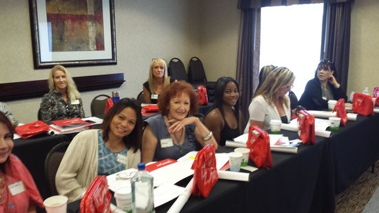 Hampton Inn & Suites Orlando - John Young Pkwy / S Park : Derma Swiss Seminar at the Hampton Inn Orlando