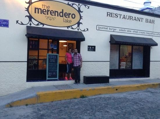 The Merendero Lake: eat here! you'll be glad you did.