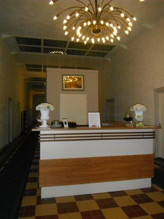 Hotel Singel: Main Desk