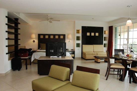 Hotel Marina El Cid Family Room