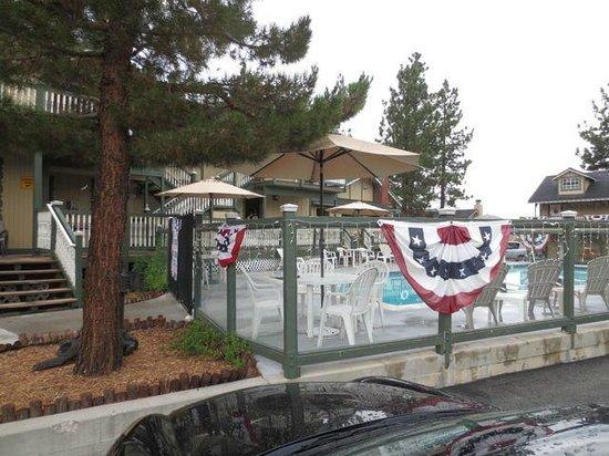 Fireside Lodge: pool