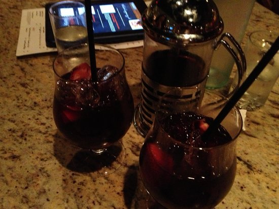 Carmel Kitchen Wine & Bar: Sangria with the French Press