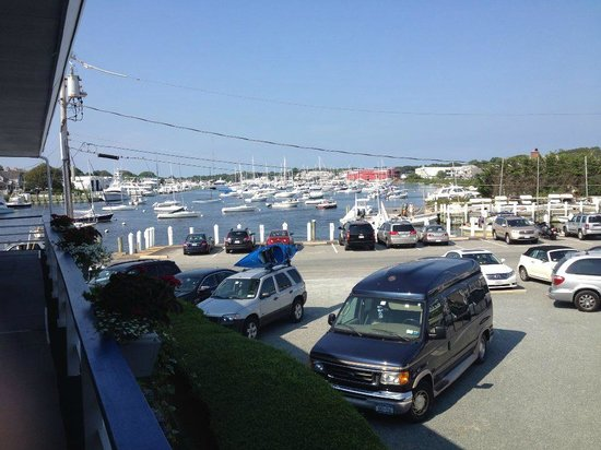 Tides Motel of Falmouth: Harbor view from back door