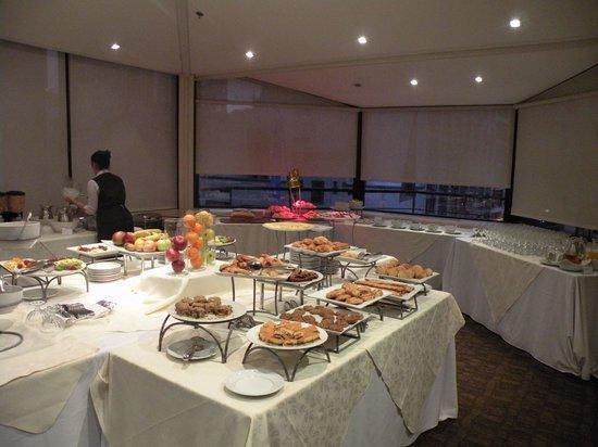 Sheraton Libertador Hotel: Desayuno...