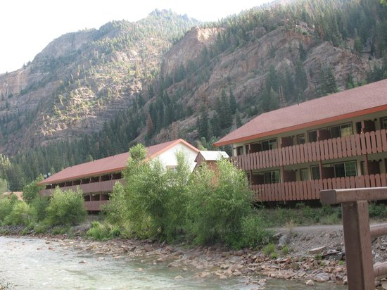Hot Springs Inn: View of both buildings from river