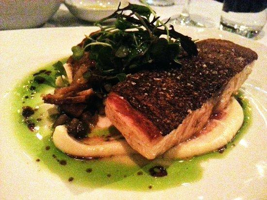 Glass Brasserie: Kingfish with jerusalem artichoke puree, truffle, pear, deliciousness...