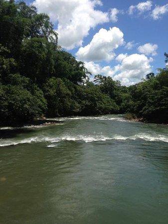 La Isla Hosteria: Río Caoni