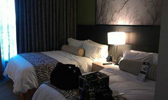 DoubleTree Suites by Hilton Huntsville-South : Double Bed Suite