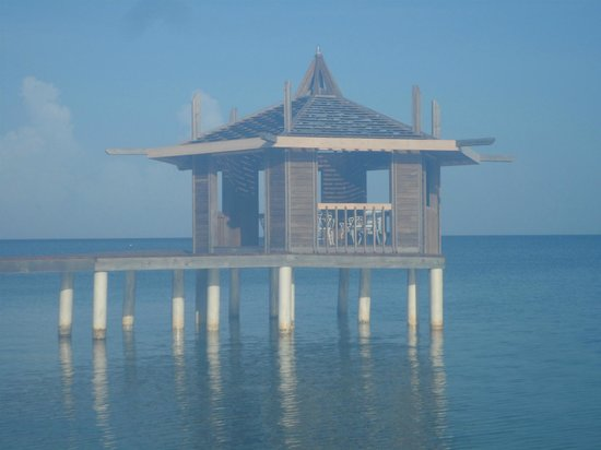 Lost Paradise Inn: Dock Gazebo