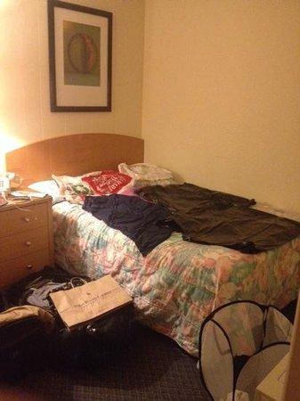 Oceanview Motel: Hår i sengene betød, at vi måtte gå til drastiske metoder. ad!