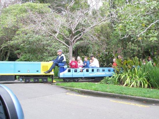 Victoria Esplanade Gardens: Esplanade Gardens and Miniature Railway