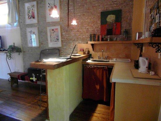 Colonia Suite Apartments Photo