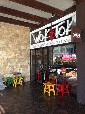 Wok & Tok: View from the outside