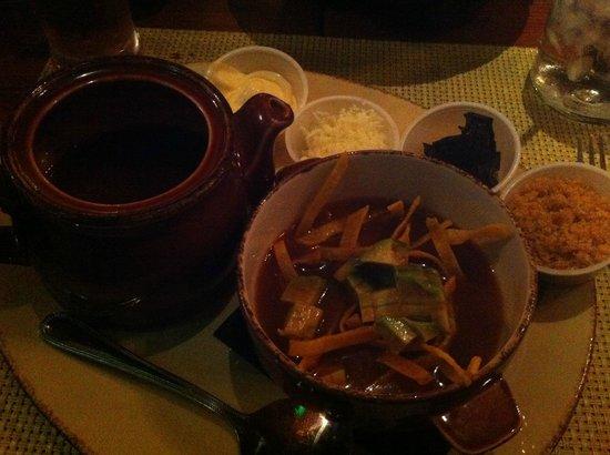 La Lupita Mexican Cuisine & Bar: Tortilla Soup