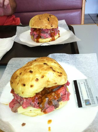 Dina's Roast Beef & Seafood