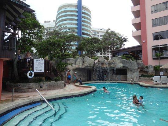 The Alexander All Suite Oceanfront Resort Cascade