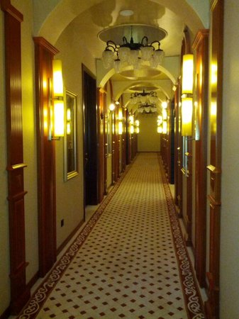 The White House Hotel Guilin: Le couloir
