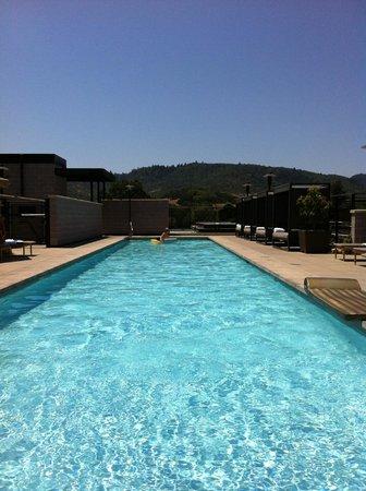 Bardessono: pool
