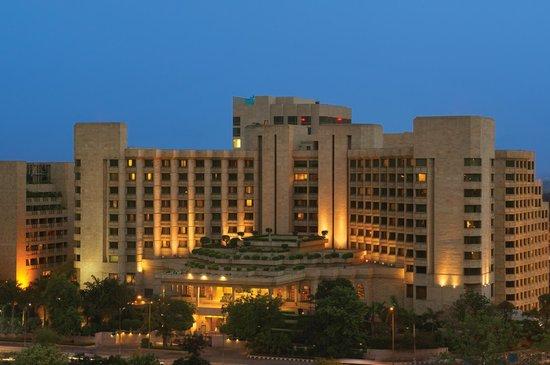 Hyatt Regency Delhi: Hotel Exterior