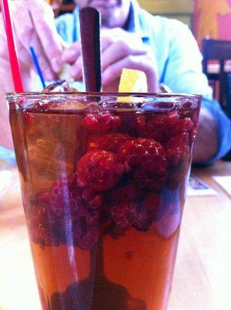 Trackside Cantina: ice tea with frozen raspberries
