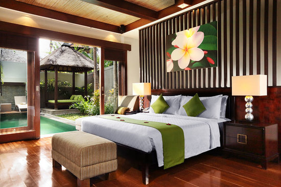 Le Jardin Villas: Master Bedroom