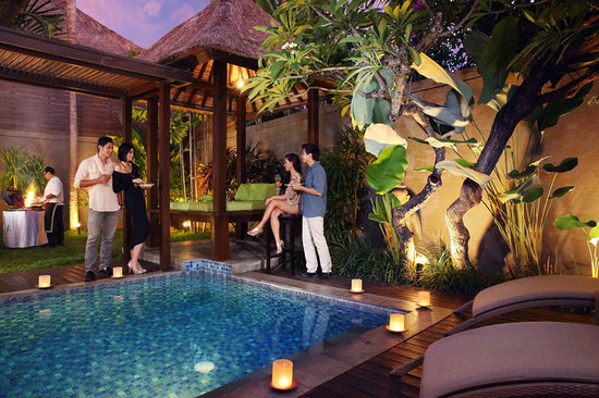 Le Jardin Villas, Seminyak: BBQ in private villas