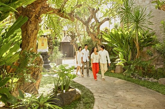 Le Jardin Villas, Seminyak: Friend travel together
