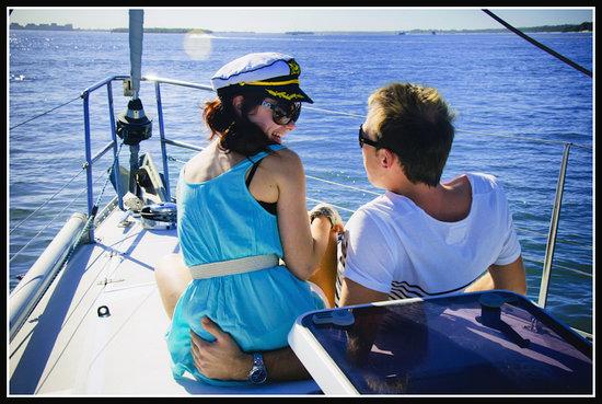 香槟游艇行程