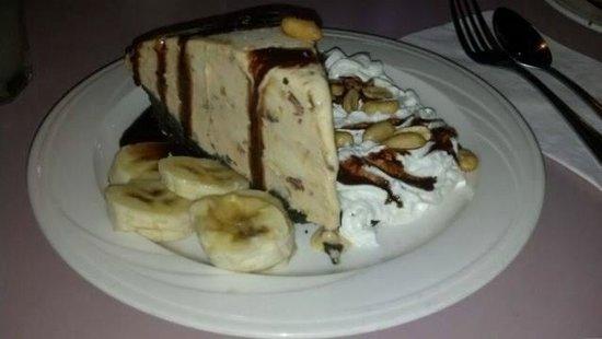 Rosie's Cafe: Peanut Butter Butterfinger Pie