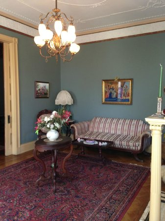 Spencer-Silver Mansion: Front Sitting Room