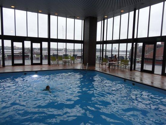 Boston Marriott Long Wharf: pool